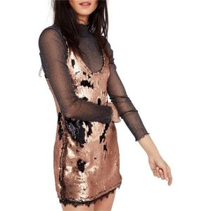 💥HP💥 Free People Seeing Double Sequin Slip L